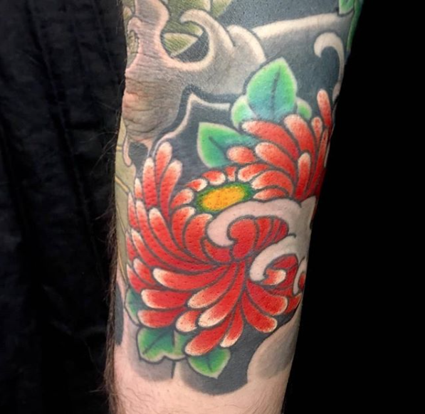 Todays work - Chrysanthemum details on a dragon koi sleeve by Kanae